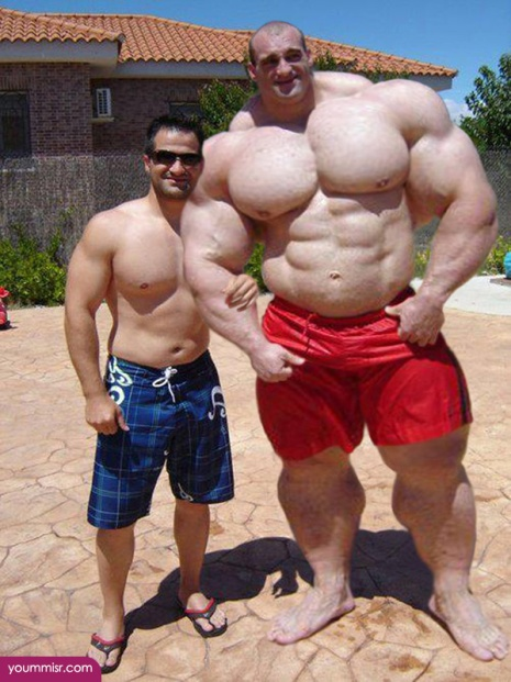 Largest-body-muscles-man-in-the-world-2015-Steroids-uk-15