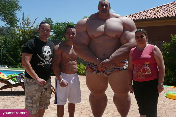 Largest-body-muscles-man-in-the-world-2015-Steroids-uk-17