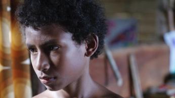 dschungelkind-film_02_black-aboriginie-boy-portrait